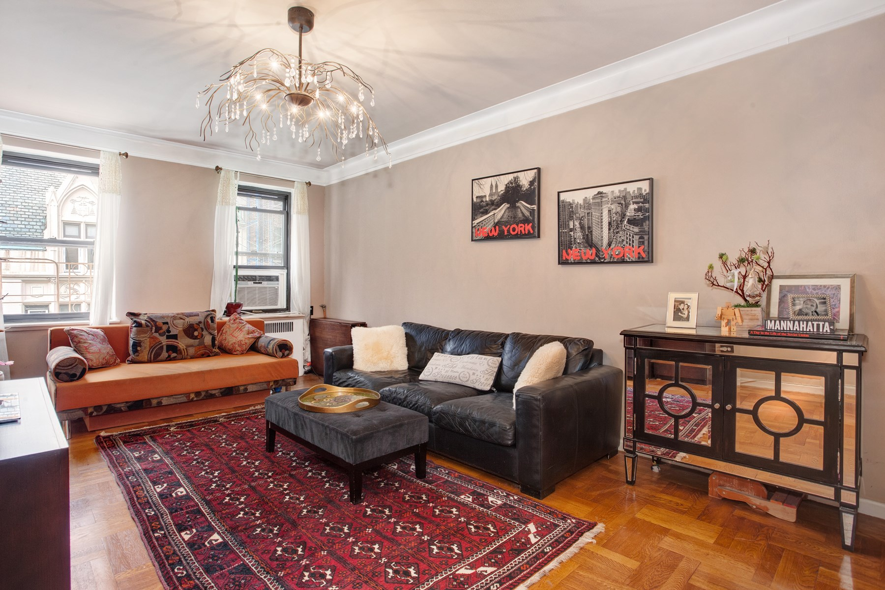 Copropriété pour l Vente à The Gatsby House 155 West 71st Street Apt 5D Upper West Side, New York, New York, 10023 États-Unis