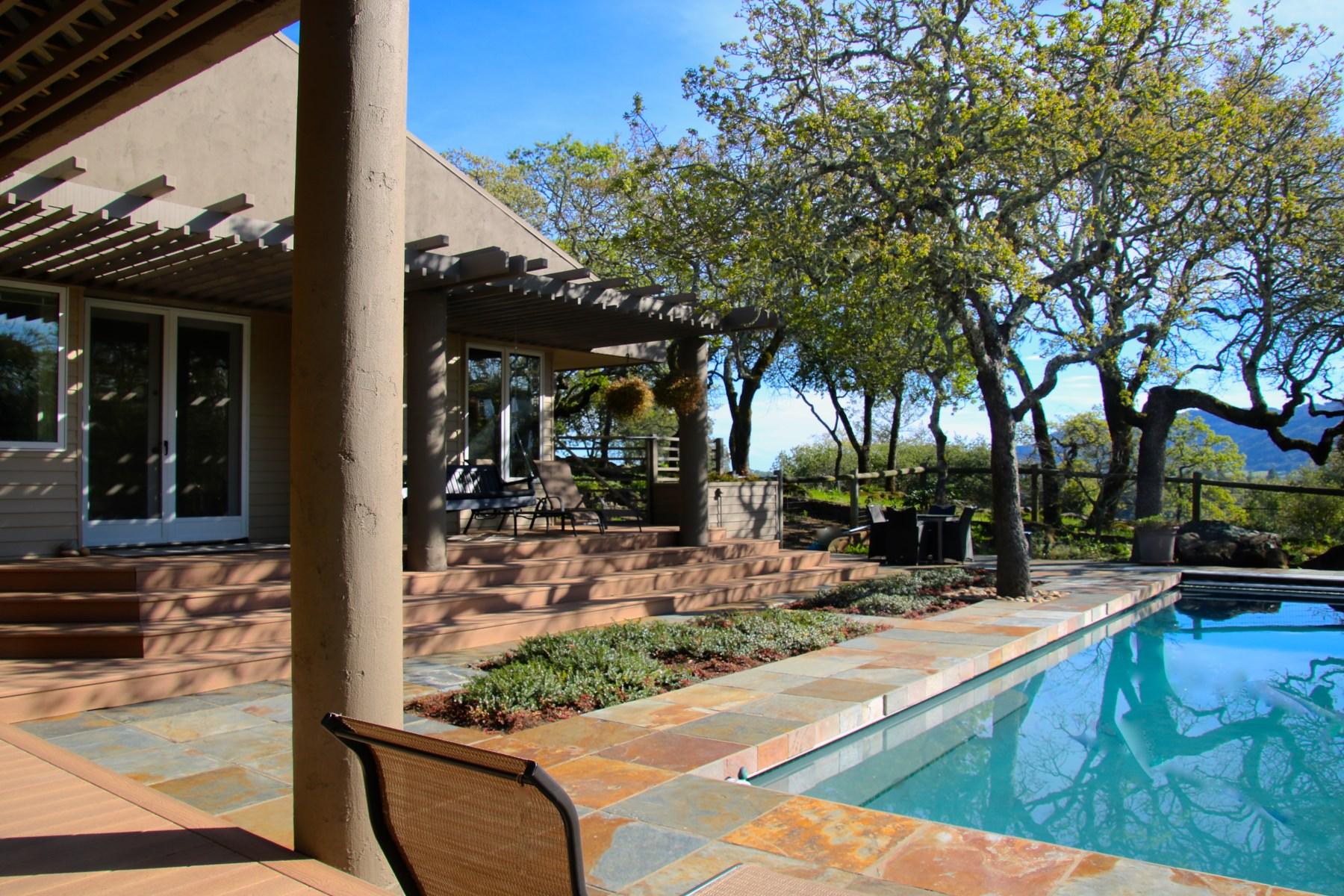 Moradia para Venda às Kenwood Vista Estates Getaway 700 Via Roble Kenwood, Califórnia, 95452 Estados Unidos
