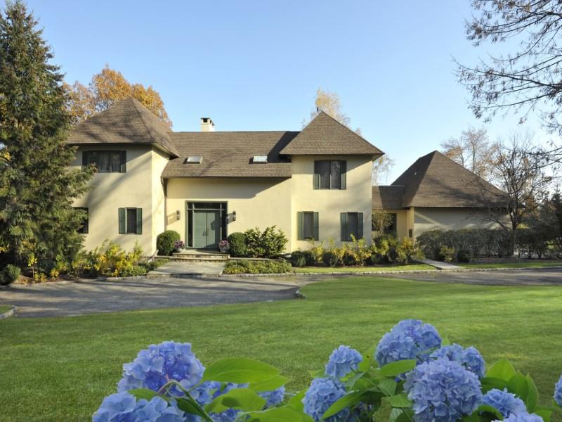 独户住宅 为 销售 在 Valley High Farm 551 Riversville Road Backcountry, Greenwich, 康涅狄格州 06831 美国