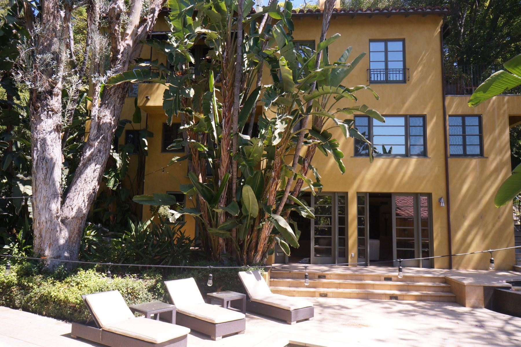 Частный односемейный дом для того Аренда на 1957 Laughlin Drive 1957 Laughlin Park Drive Los Angeles, Калифорния 90027 Соединенные Штаты