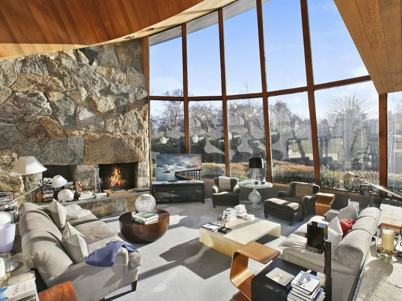 Property For Sale at Quintessential East Hampton Contemporary