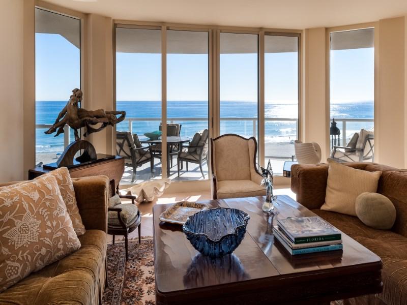 Condomínio para Venda às 2700 North Ocean Drive - Ritz Carlton 2700 N Ocean Dr Apt 501a Singer Island, Florida 33404 Estados Unidos