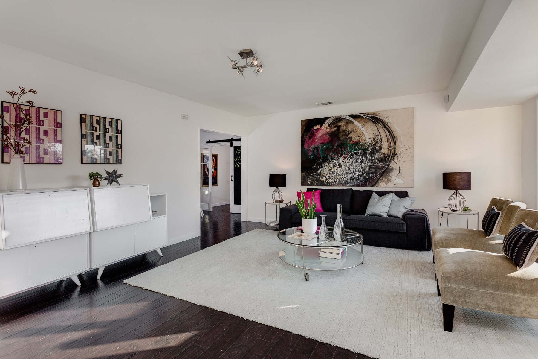 Single Family Home for Sale at 2062 Parnell Way Pasadena, California 91103 United States