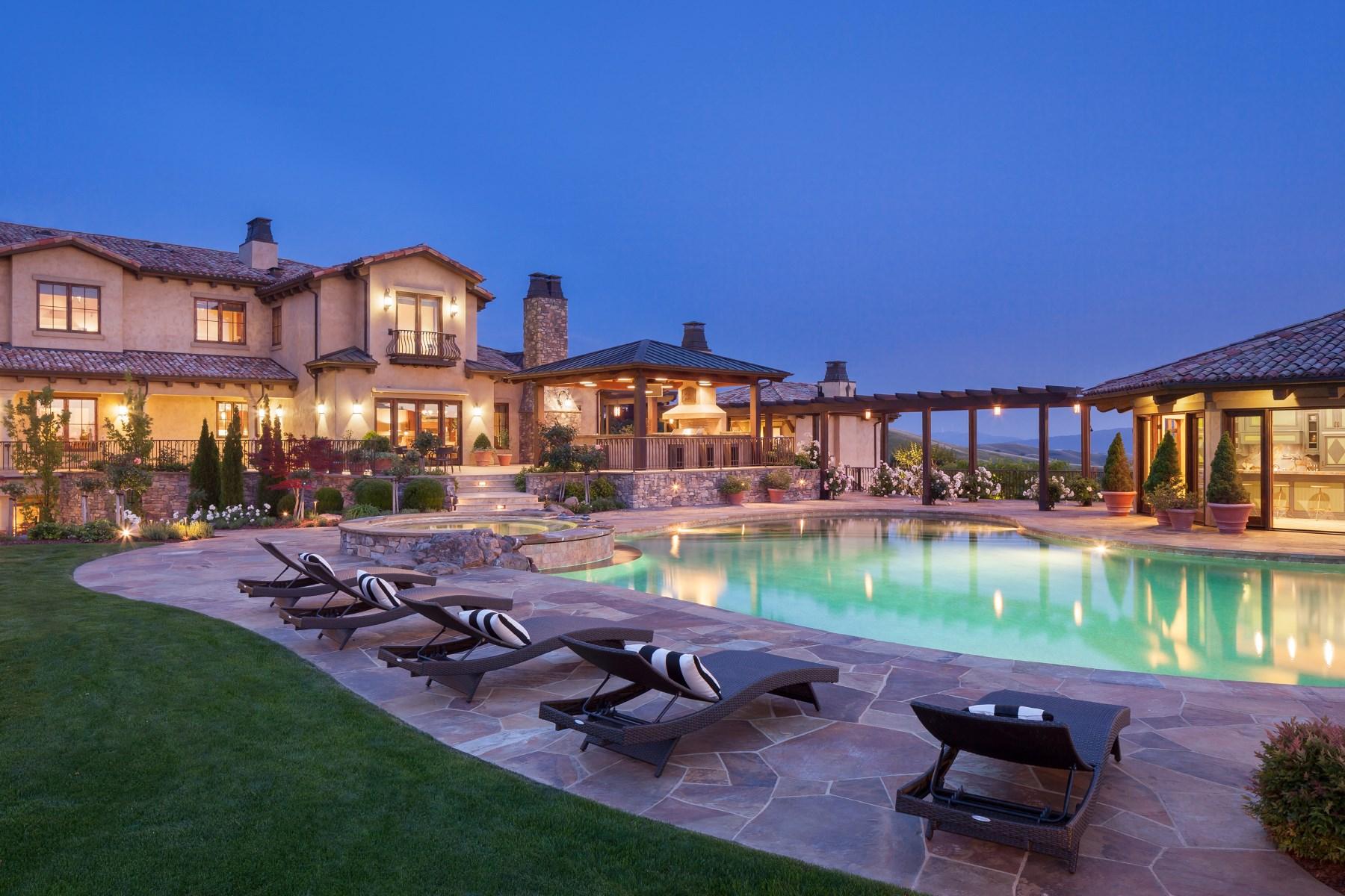 Maison unifamiliale pour l Vente à Villa Toscana D'Oro 4263 Golden Oak Ct Danville, Californie 94506 États-Unis