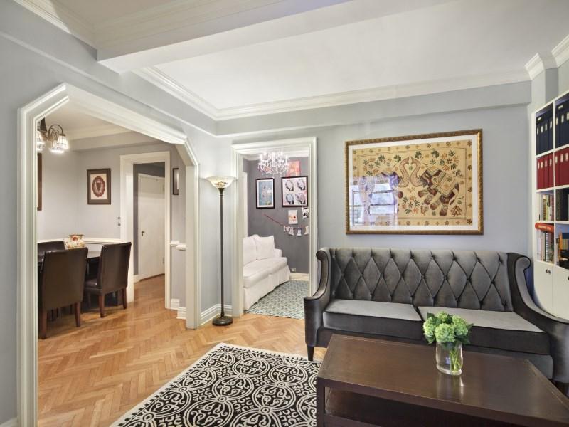 Eigentumswohnung für Verkauf beim 177 East 77th Street, Apt 3B 177 East 77th Street Apt 3b Upper East Side, New York, New York 10075 Vereinigte Staaten