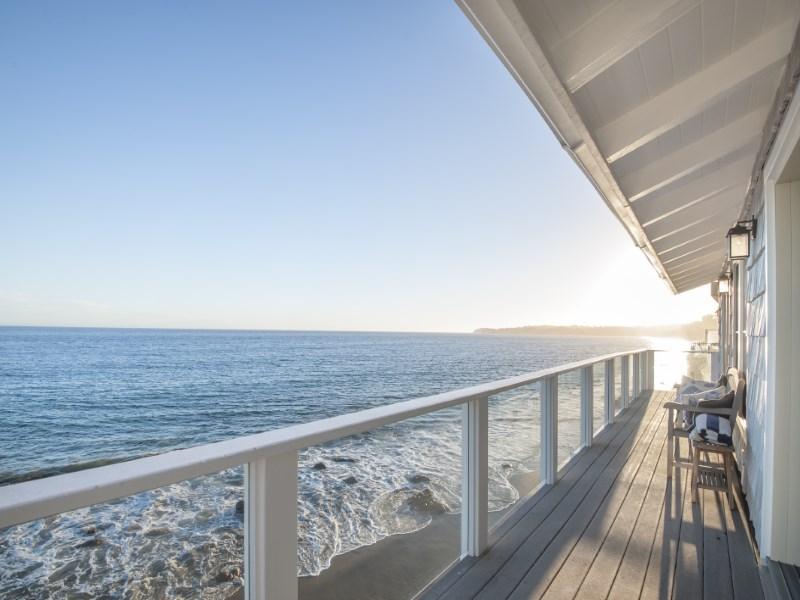 独户住宅 为 销售 在 Malibu Cove Colony Cape Cod 27002 Malibu Cove Colony Drive Malibu, 加利福尼亚州 90265 美国