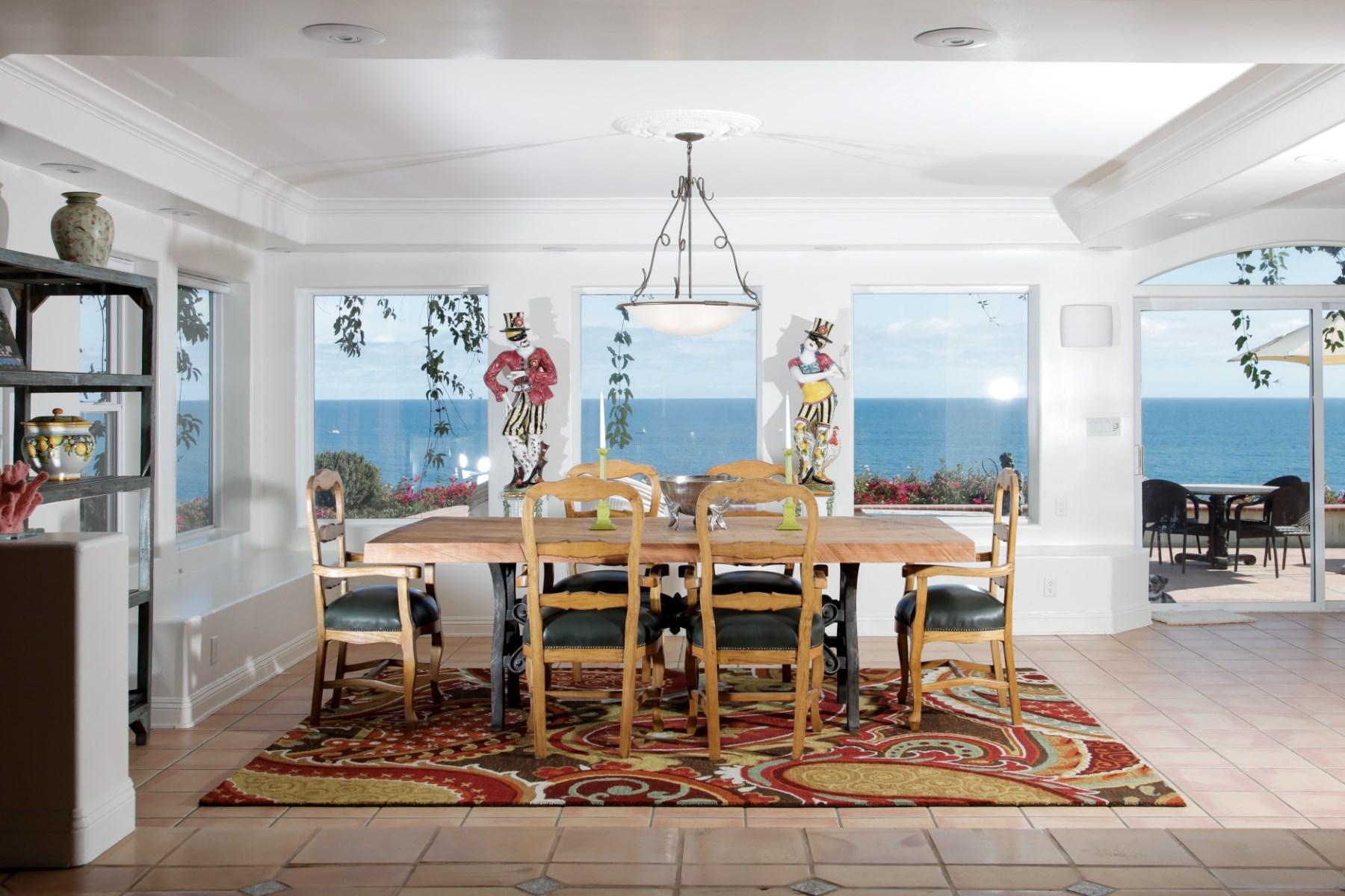 Maison unifamiliale pour l Vente à Exclusive Malibu Ranch With Ocean Views 31276 Bailard Rd Malibu, Californie, 90265 États-Unis