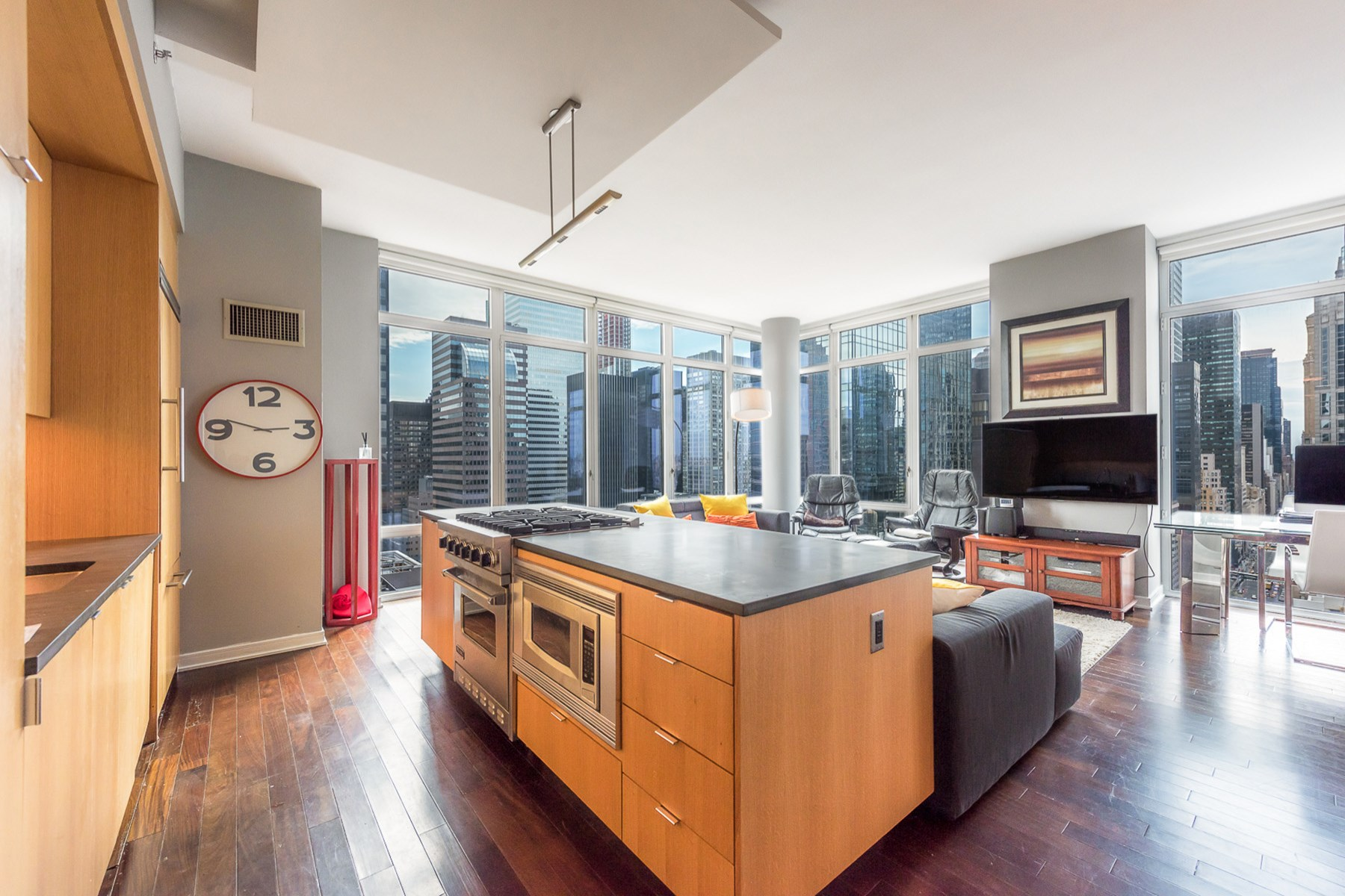 Condominium for Sale at 207 East 57th Street, 28B 207 East 57th Street Apt 28B Midtown East, New York, New York, 10022 United States