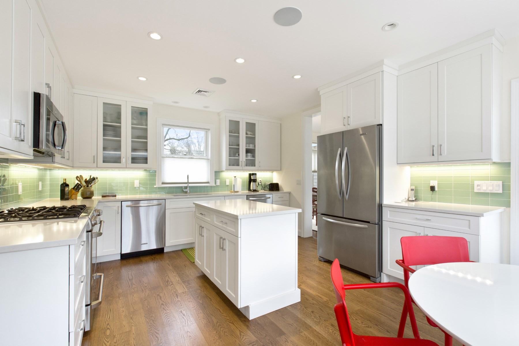 Property Of East Hampton Village Fringe