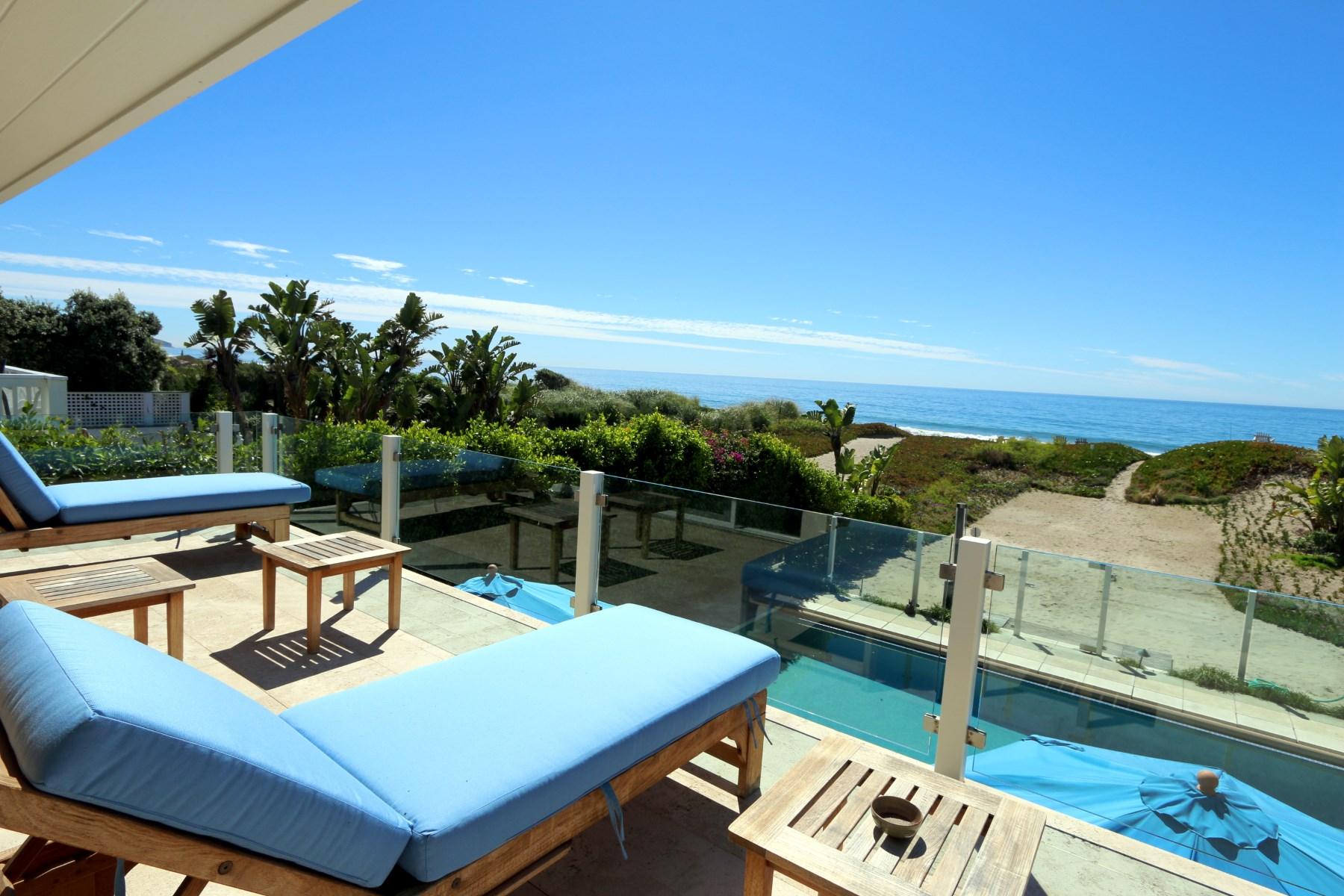 Casa para uma família para Locação às Broad Beach Cape Cod Lease with Pool 30940 Broad Beach Road Malibu, Califórnia, 90265 Estados Unidos