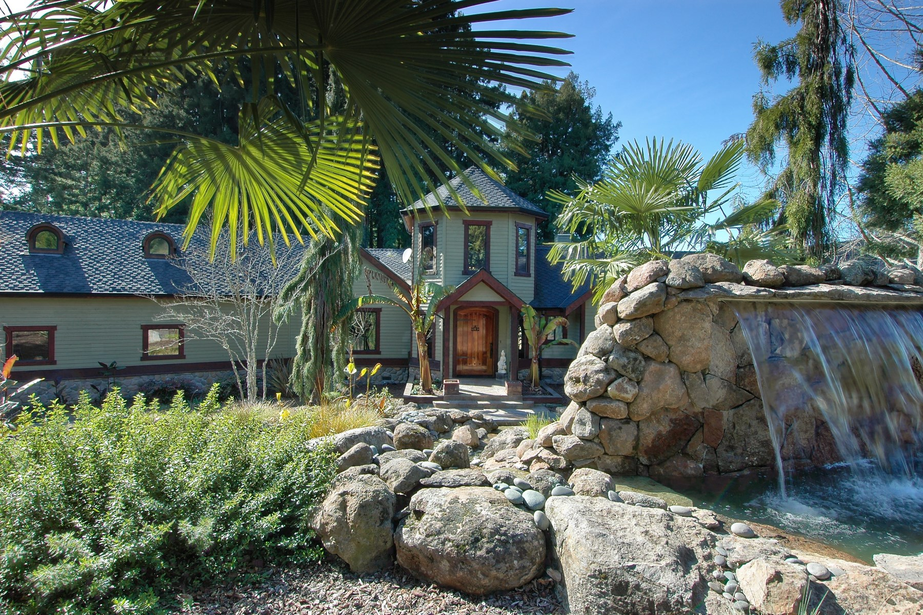 Single Family Home for Sale at An Enchanting Estate 11100 Falstaff Rd Sebastopol, California 95472 United States