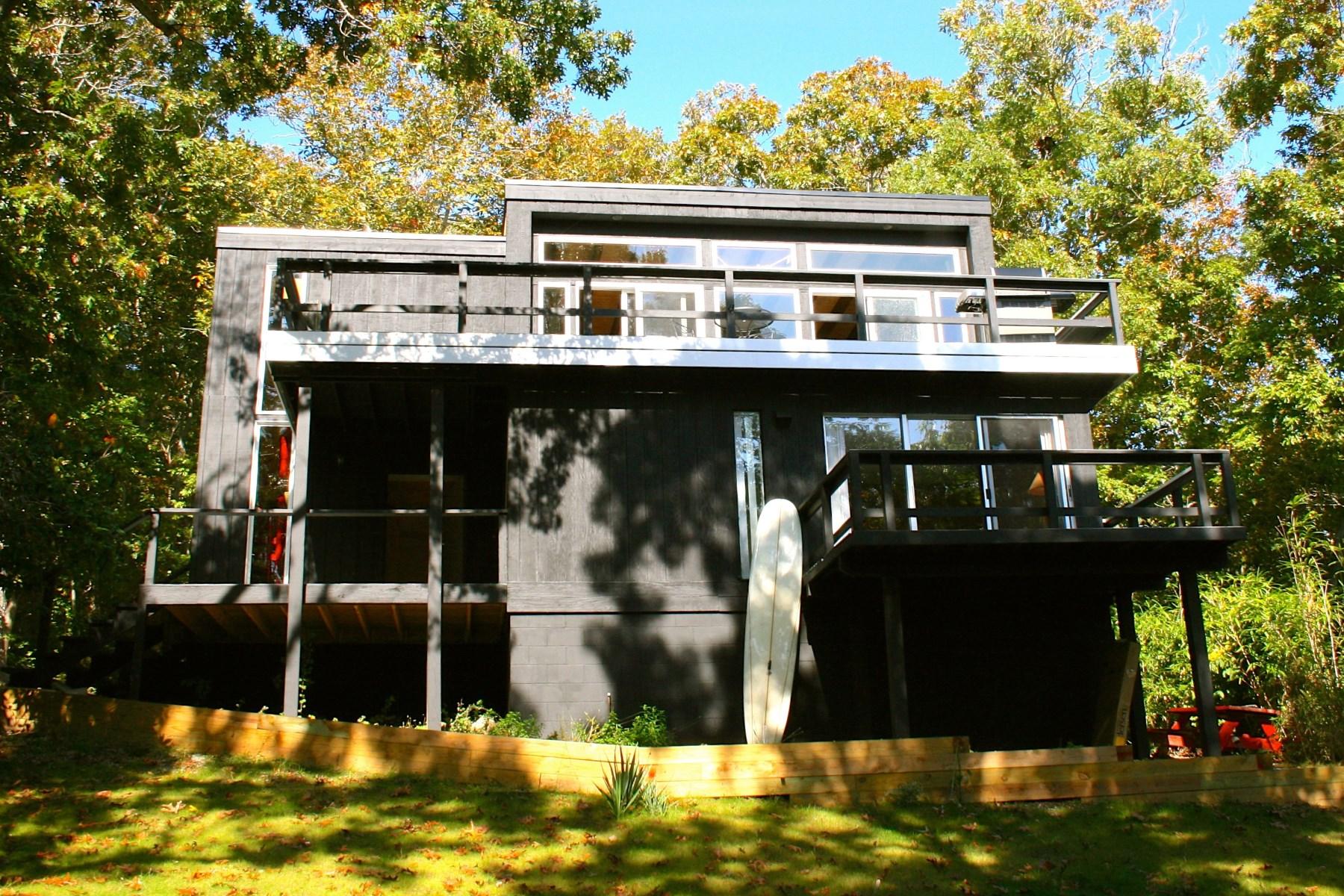 Villa per Vendita alle ore Ocean Views in Montauk 15 Elm Street Montauk, New York 11954 Stati Uniti