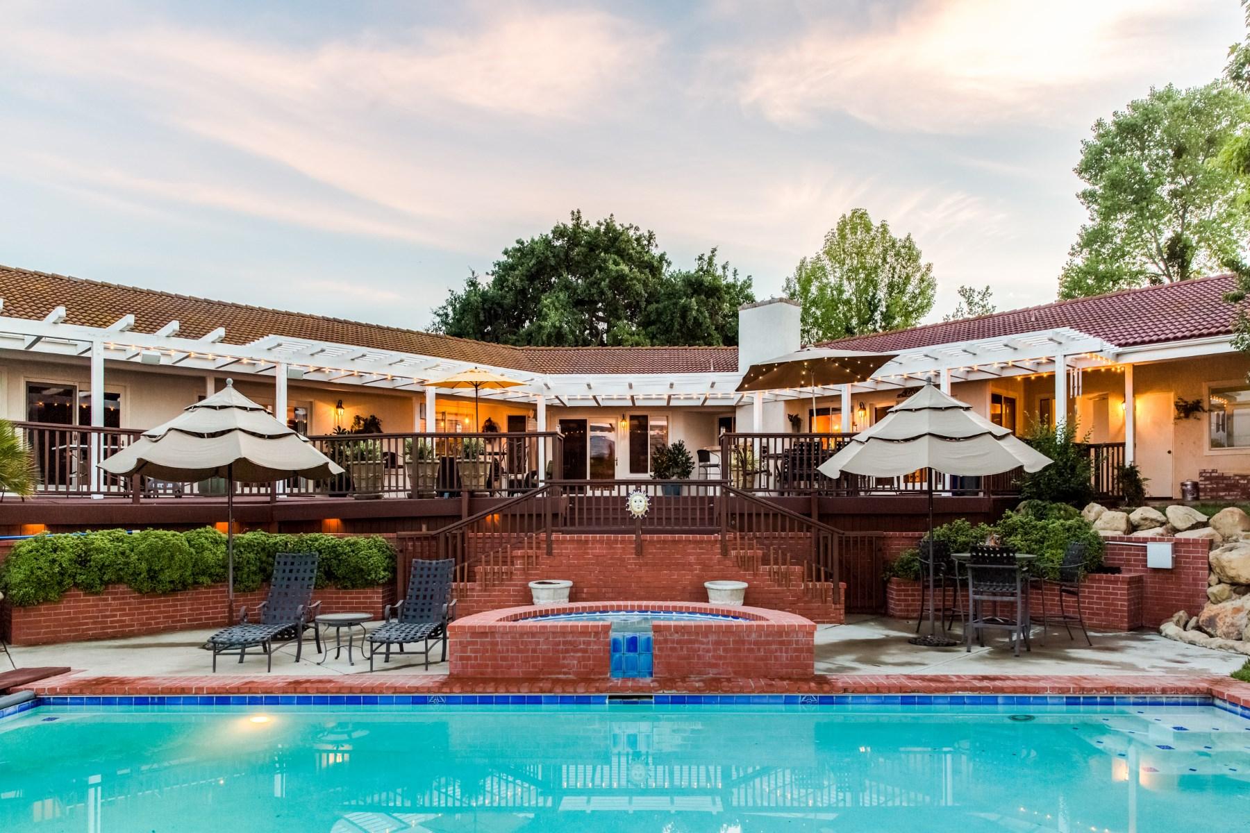 农场 / 牧场 / 种植园 为 销售 在 Ballard Oaks Ranch 2690 Monica Way 索夫昂, 加利福尼亚州, 93463 美国