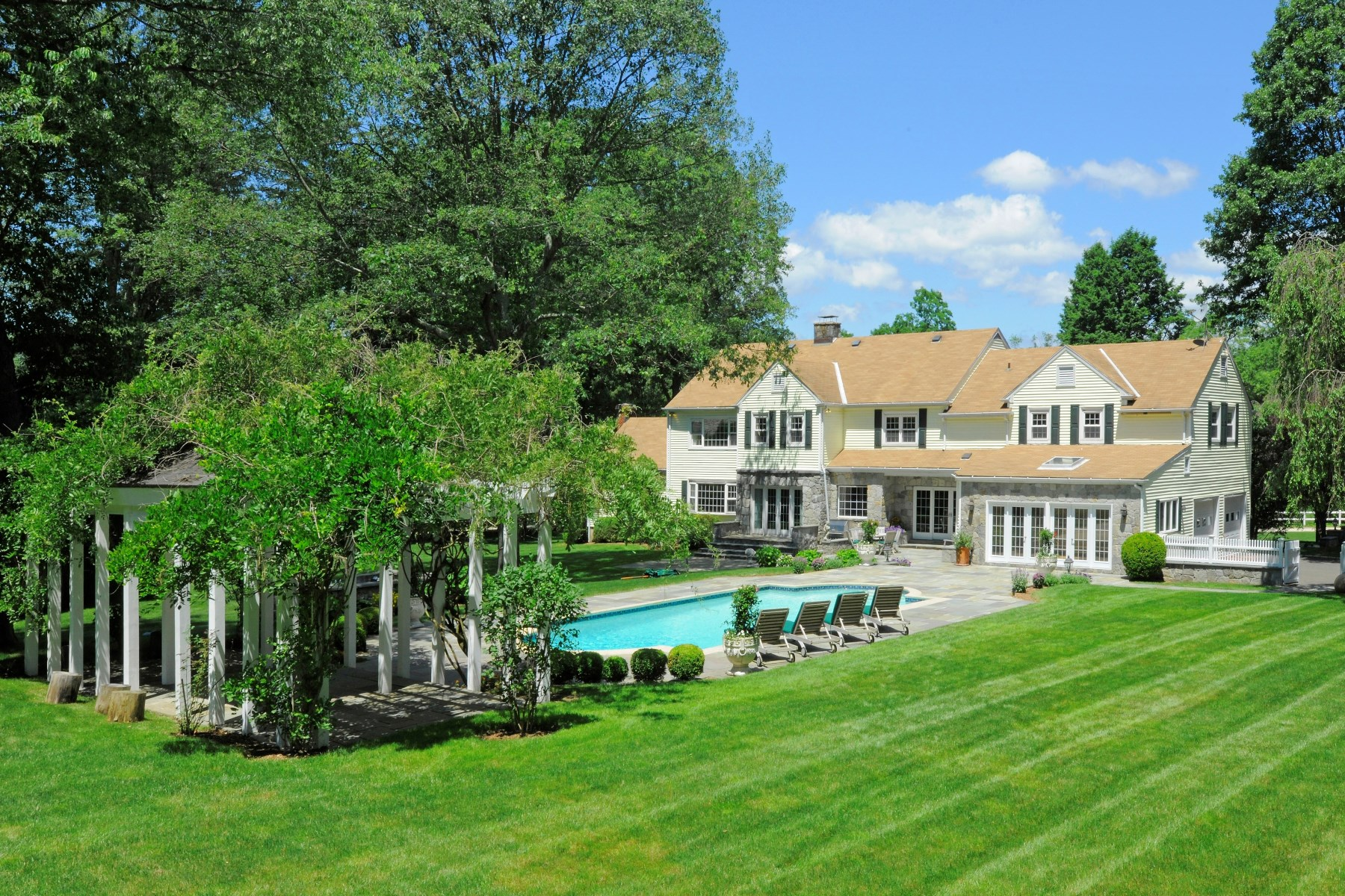 Single Family Home for Sale at 282 Round Hill Road, Greenwich CT Greenwich, Connecticut, 06831 United States