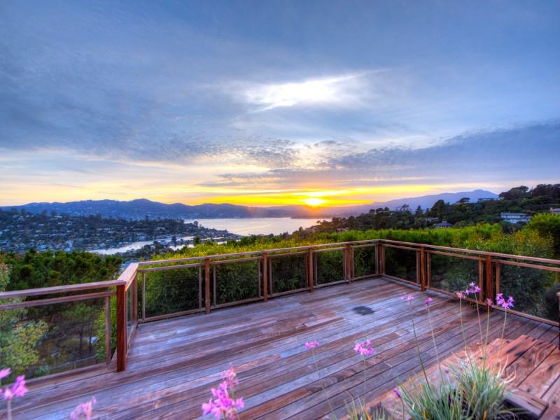 Casa para uma família para Venda às 17 Acela Drive Tiburon, Califórnia 94920 Estados Unidos