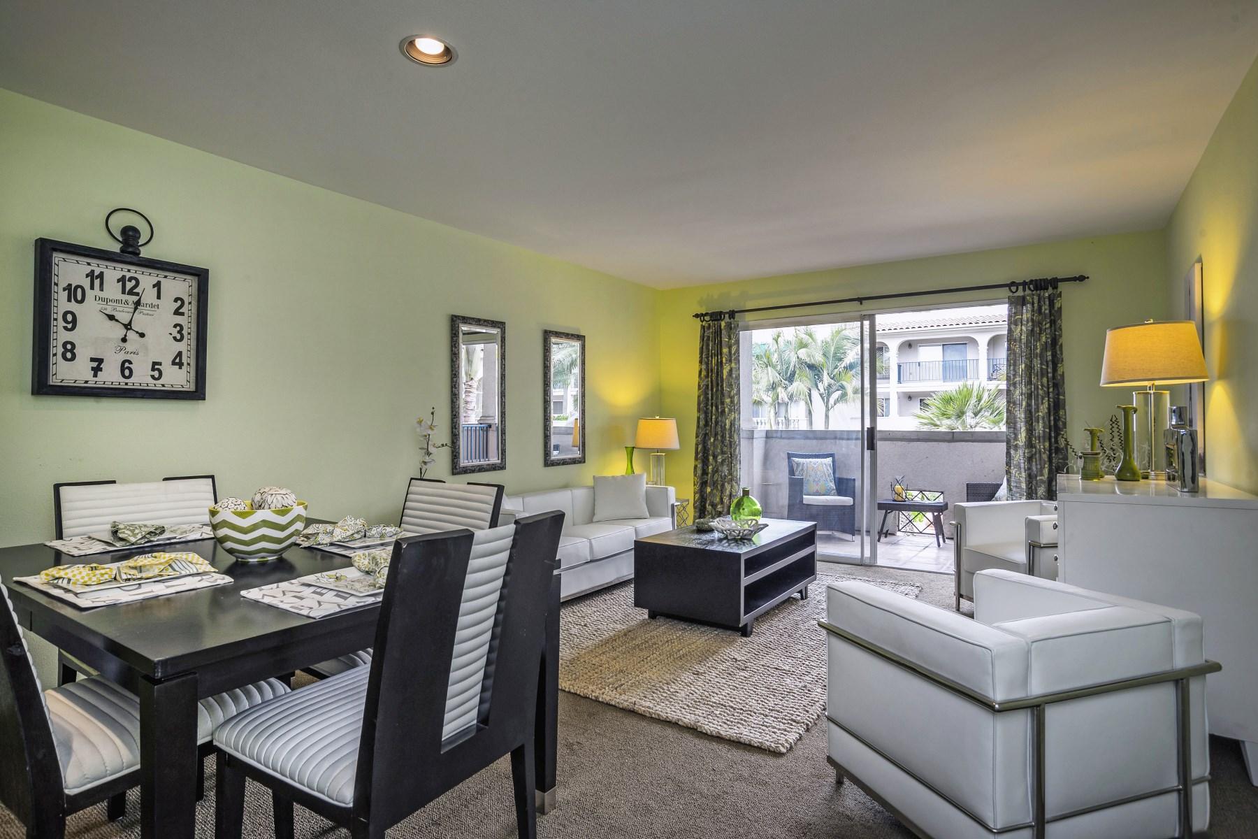 Eigentumswohnung für Verkauf beim Resort Living at the Beach 426 Por La Mar Circle East Beach, Santa Barbara, Kalifornien 93103 Vereinigte Staaten