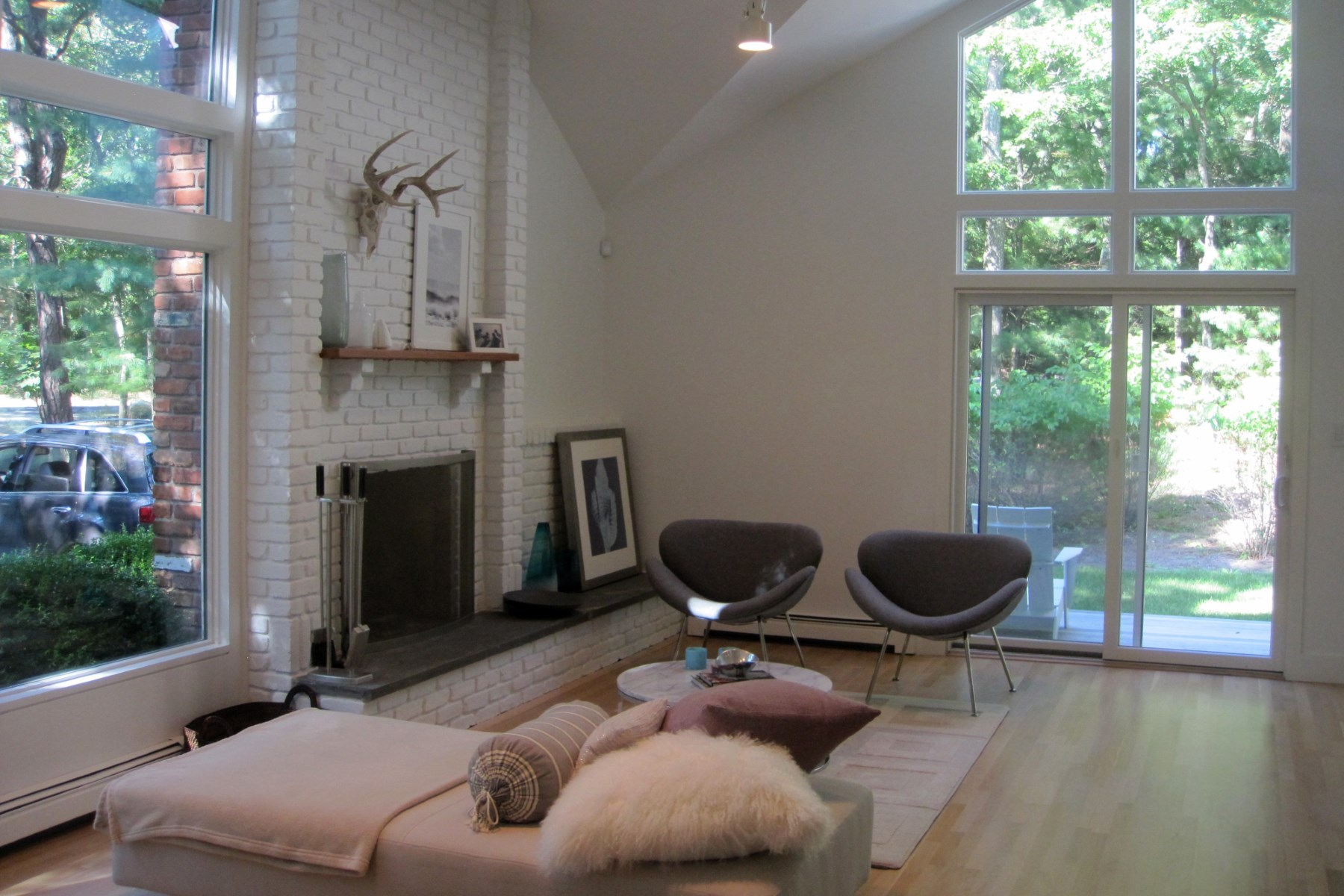Property Of Renovated Modern NW East Hampton