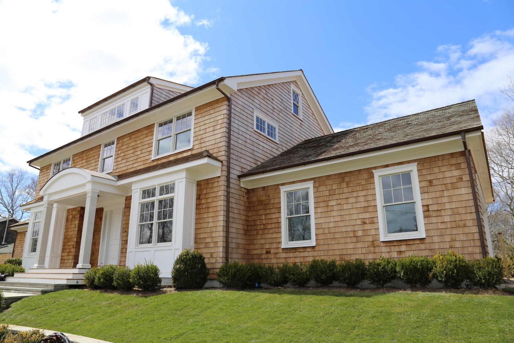 Villa per Vendita alle ore Well-Crafted New Construction Bridgehampton, New York 11932 Stati Uniti