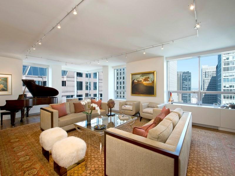 Condominio por un Venta en Museum Tower 15 West 53rd Street Apt 32d New York, Nueva York 10019 Estados Unidos
