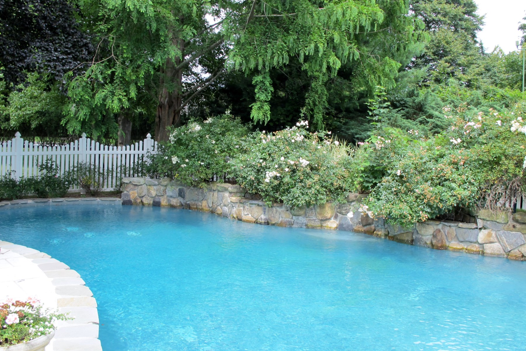 Property Of Serenity in Water Mill South