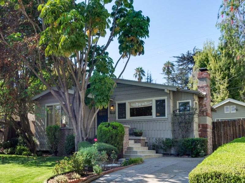 Vivienda unifamiliar por un Venta en 4543 Avocado Street Los Feliz, Los Angeles, California 90027 Estados Unidos