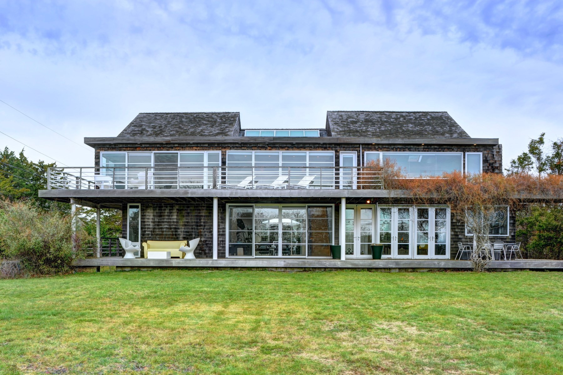 Maison unifamiliale pour l Vente à Amagansett Modern Home with Ocean Views 190 Bluff Road Amagansett, New York 11930 États-Unis