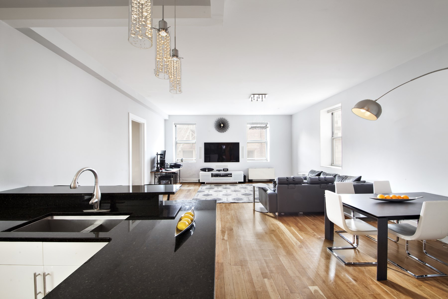 Condominium for Sale at Stylish Loft Near Central Park 426 West 58th Street Apt 5A New York, New York, 10019 United States