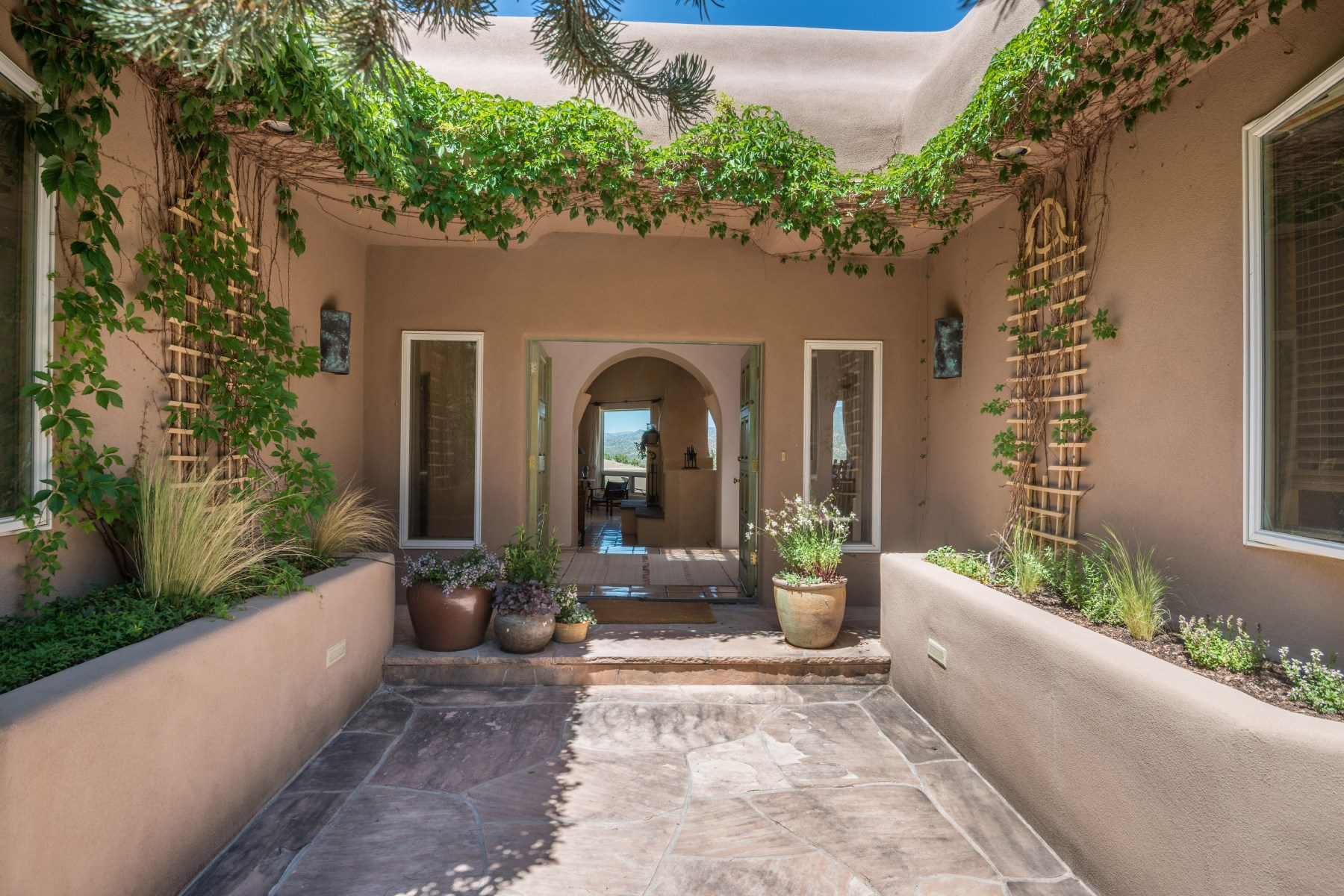 Single Family Home for Sale at 1226 Bishops Lodge Road 1226bishops Lodge Rd. Santa Fe, New Mexico, 87501 United States