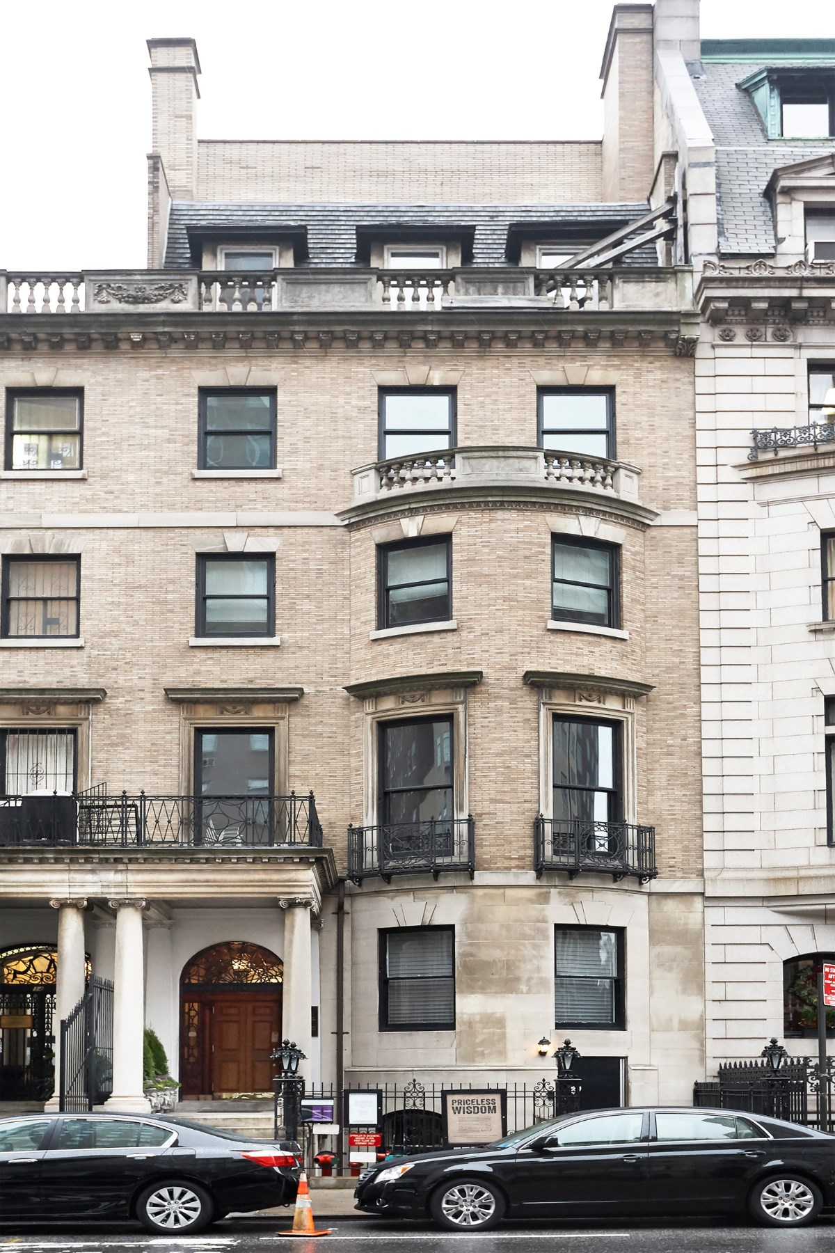 Частный односемейный дом для того Продажа на 12 East 79th Street Upper East Side, New York, Нью-Йорк, 10075 Соединенные Штаты