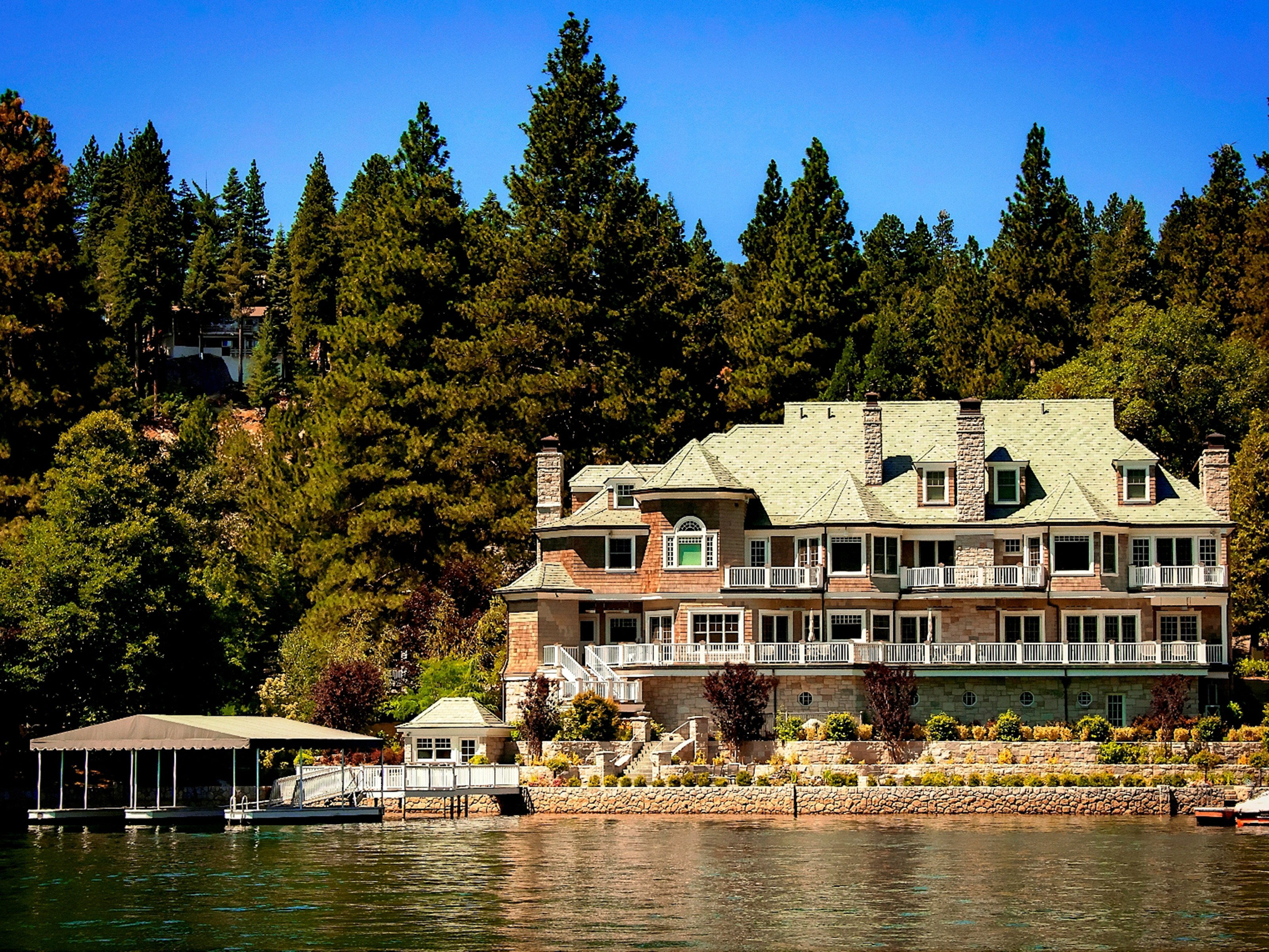 Property For Sale at Lake Arrowhead Trophy Estate