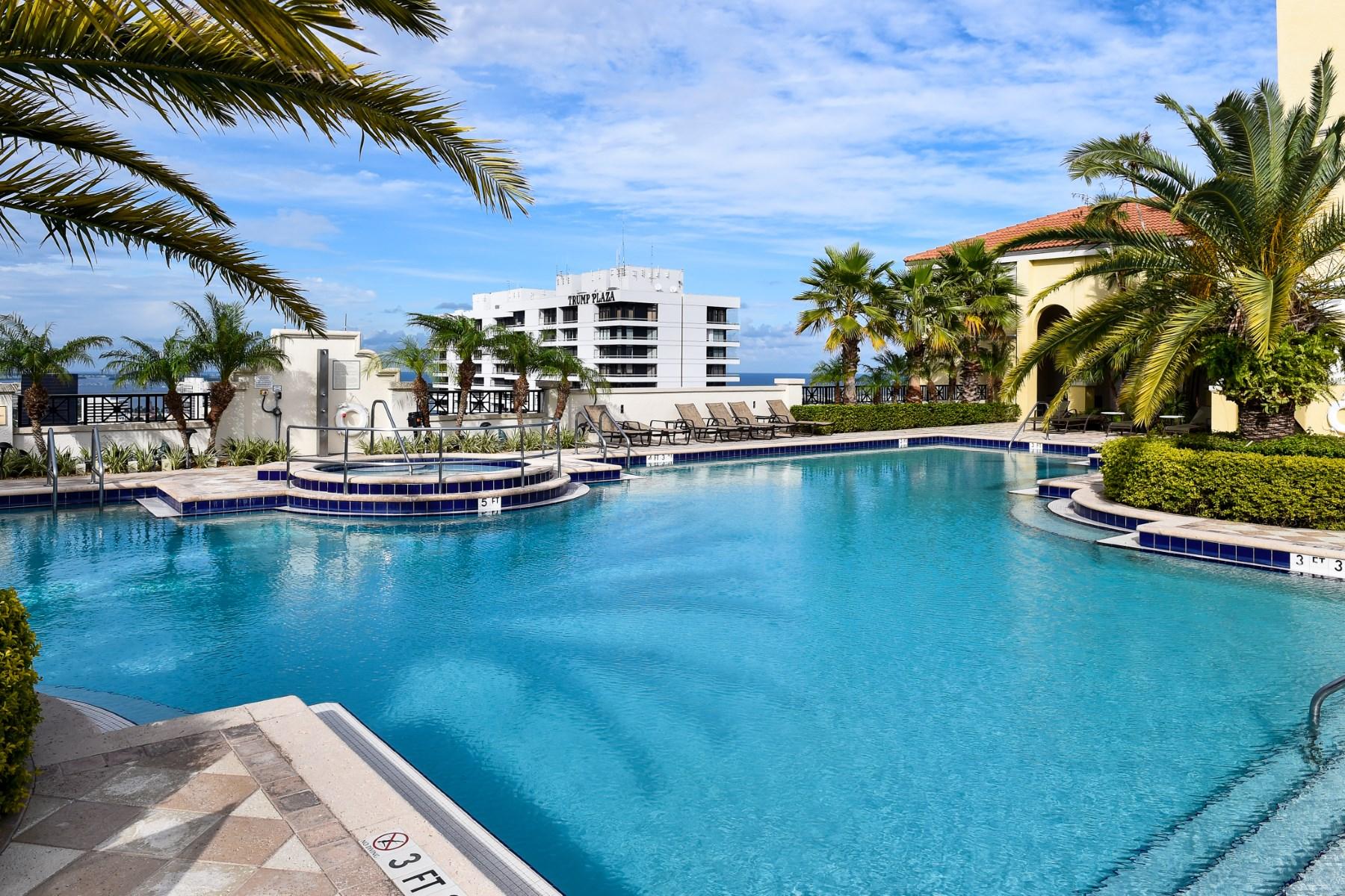 Piso por un Venta en Gorgeous Two City Plaza Condo 701 S Olive Ave Apt 1217 West Palm Beach, Florida 33401 Estados Unidos
