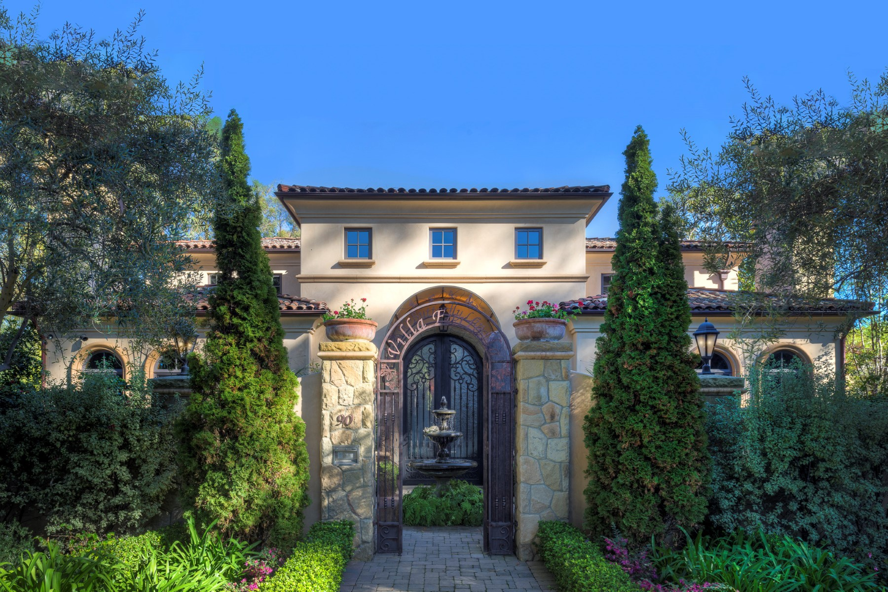 Single Family Home for Sale at Sea-side Montecito Villa 90 Butterfly Lane Montecito - Lower Village, Santa Barbara, California 93108 United States
