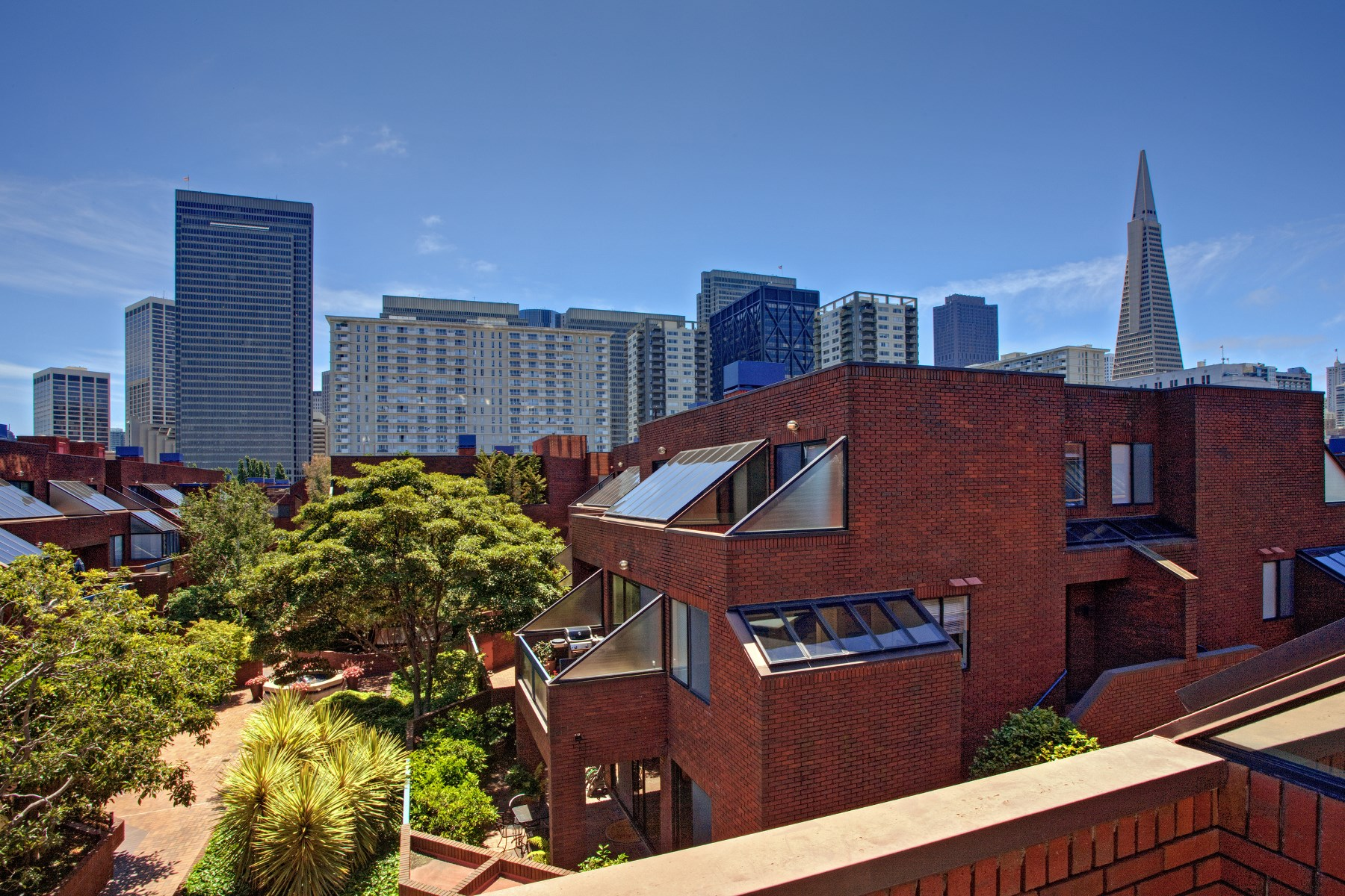 Condominium for Sale at Dramatic South-Facing Residence 640 Davis St Unit 19 Financial District, San Francisco, California, 94111 United States