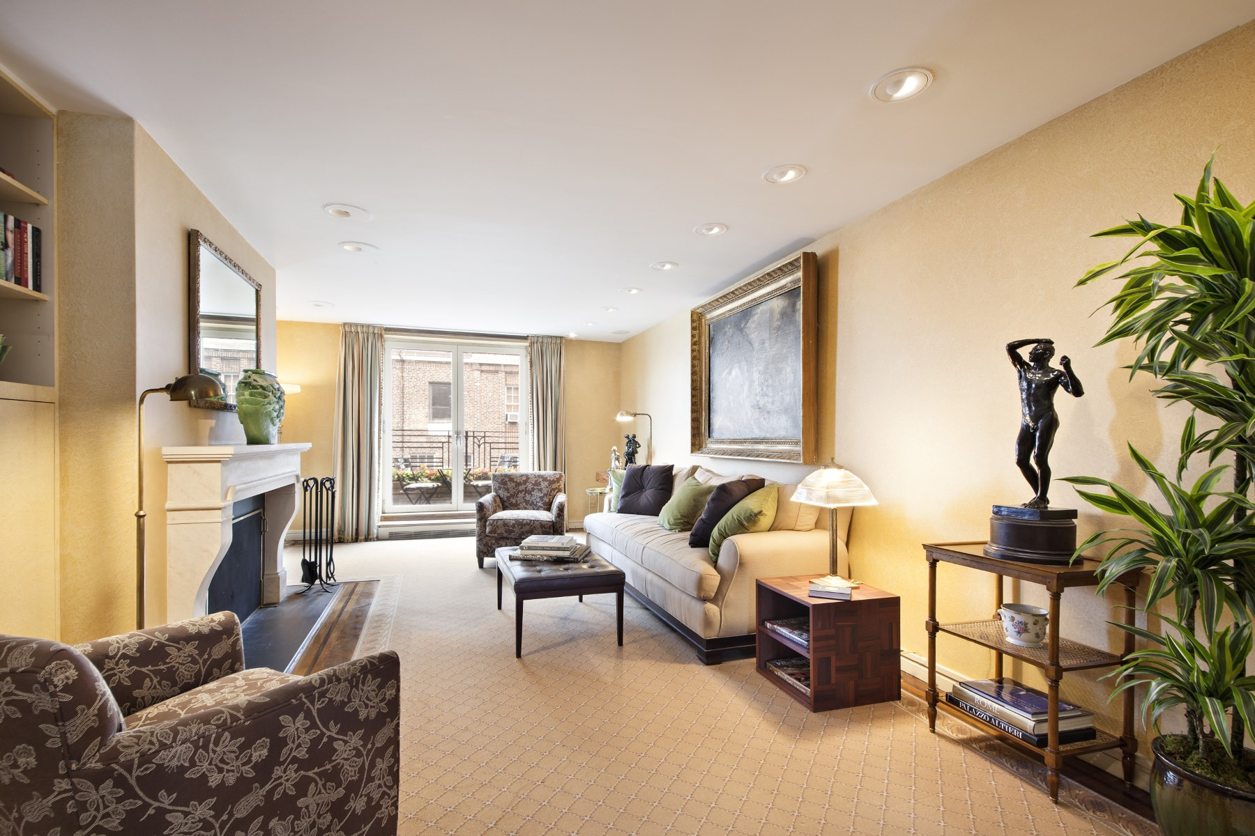 Co-op for Sale at 2 Beekman Place, Apt. 17A 2 Beekman Place Apt 17a New York, New York 10022 United States