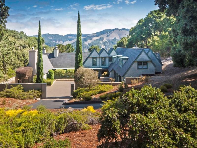 獨棟家庭住宅 為 出售 在 Classic English Country Estate 5445 Quail Way Carmel, 加利福尼亞州 93923 美國