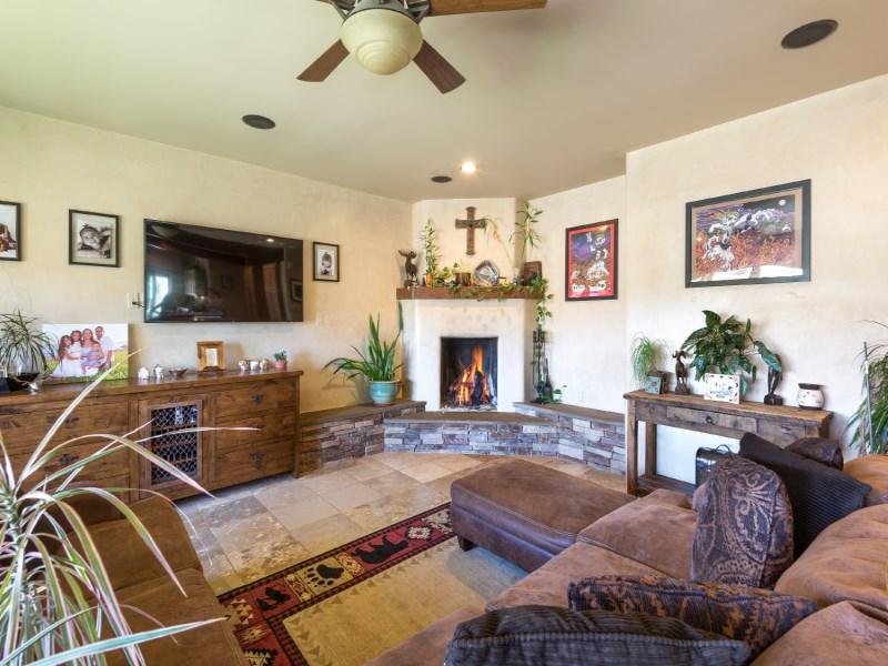 Single Family Home for Sale at 84 Bosquecillo Santa Fe City Northwest, Santa Fe, New Mexico 87508 United States