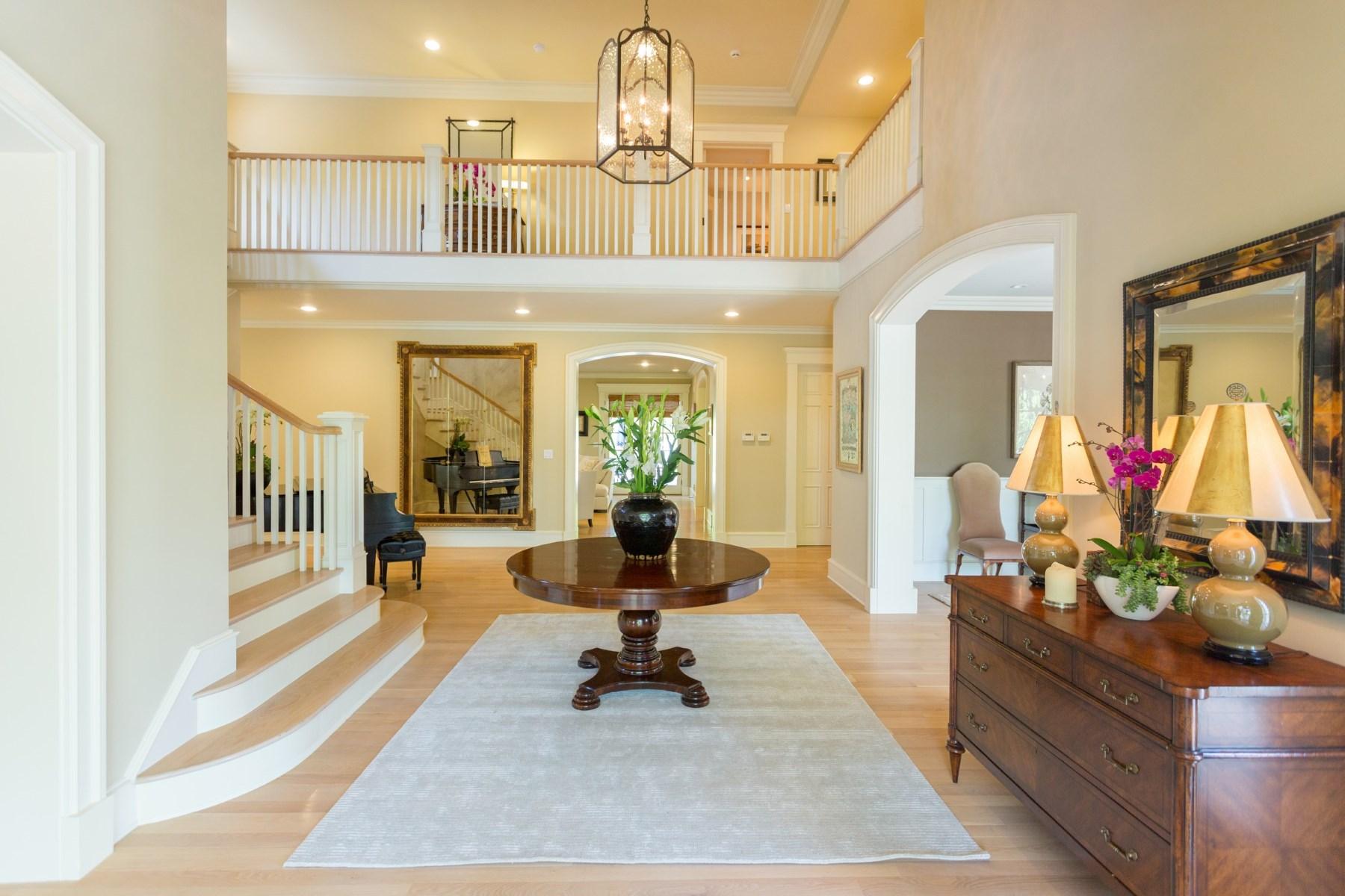 Частный односемейный дом для того Продажа на Nantucket Classic in Brentwood Park 12710 Marlboro Street Brentwood, Los Angeles, Калифорния, 90049 Соединенные Штаты