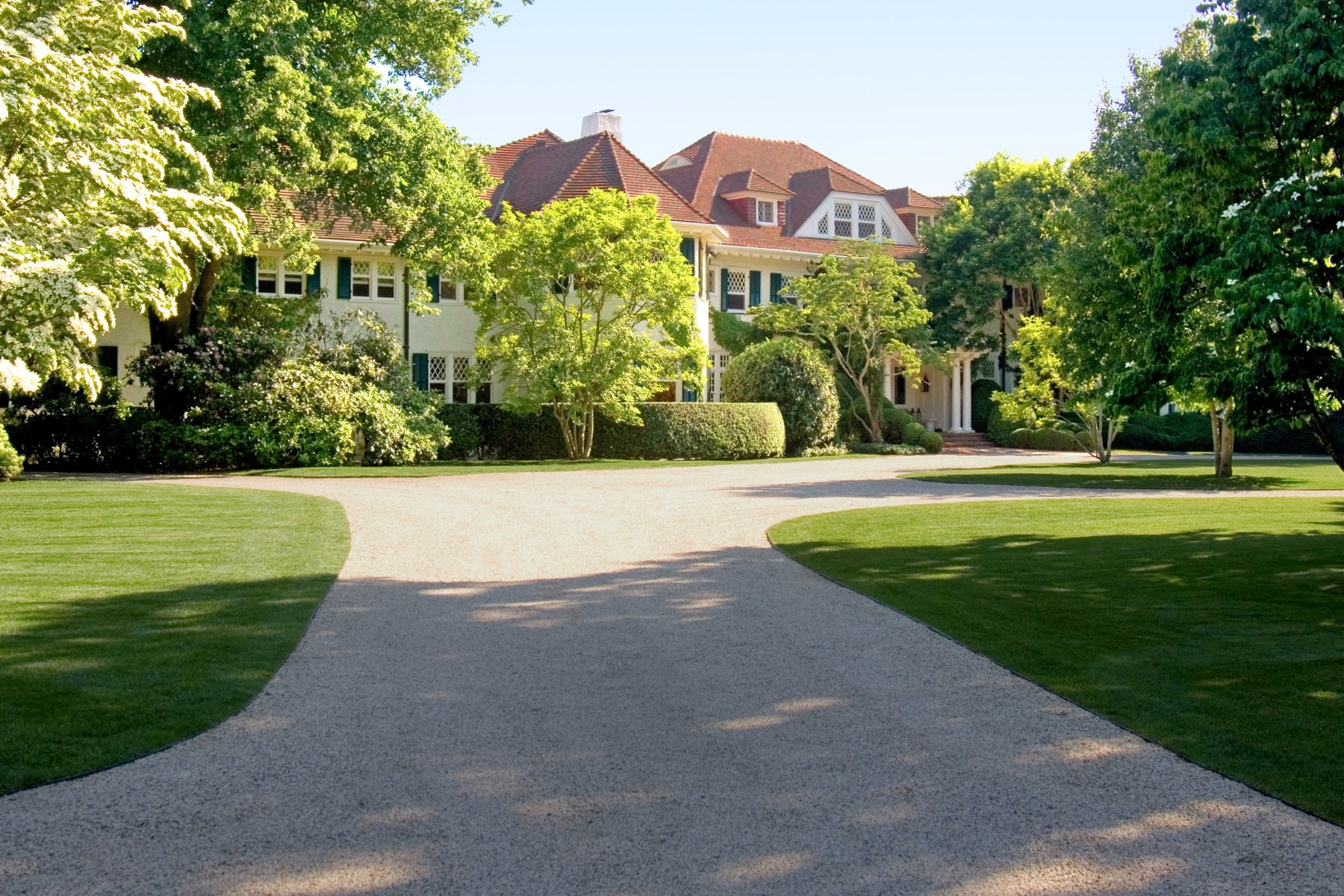 Property Of Linden: World Class Southampton Estate