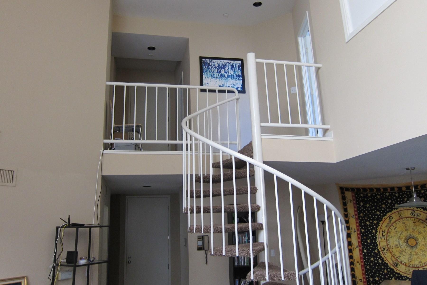 Condominium for Sale at Brentwood Gem 12000 Goshen Avenue #106 Brentwood, Los Angeles, California, 90049 United States