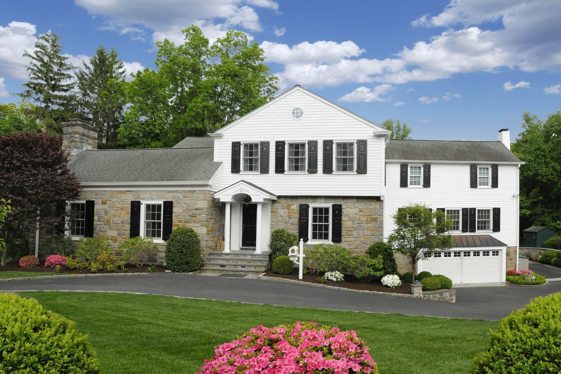 独户住宅 为 销售 在 22 Echo Lane South Of Parkway, Greenwich, 康涅狄格州 06830 美国