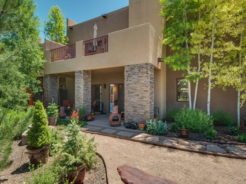 Maison unifamiliale pour l Vente à 1616 Villa Strada Santa Fe City Northwest, Santa Fe, New Mexico 87506 États-Unis
