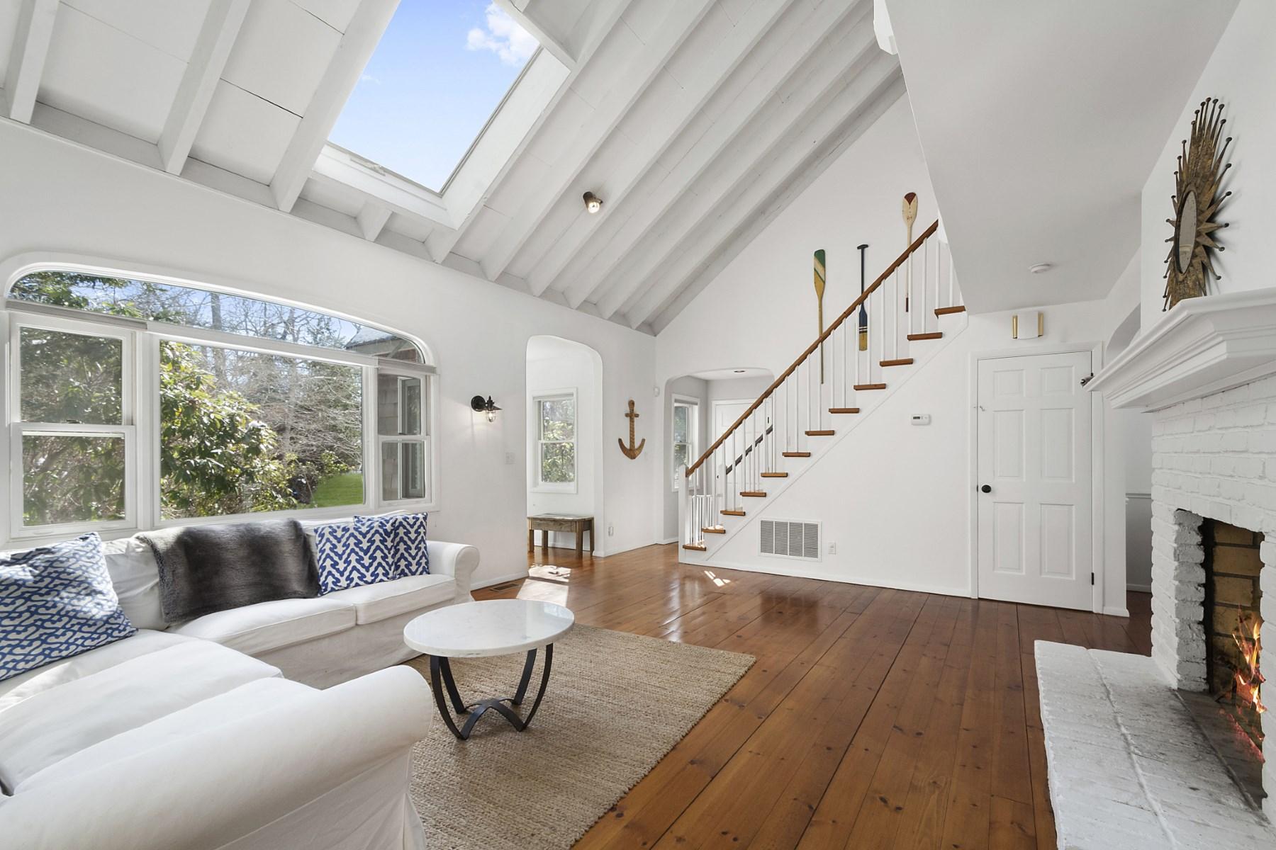 단독 가정 주택 용 매매 에 Modern Beach House 46 Camberly Road East Hampton, 뉴욕, 11937 미국