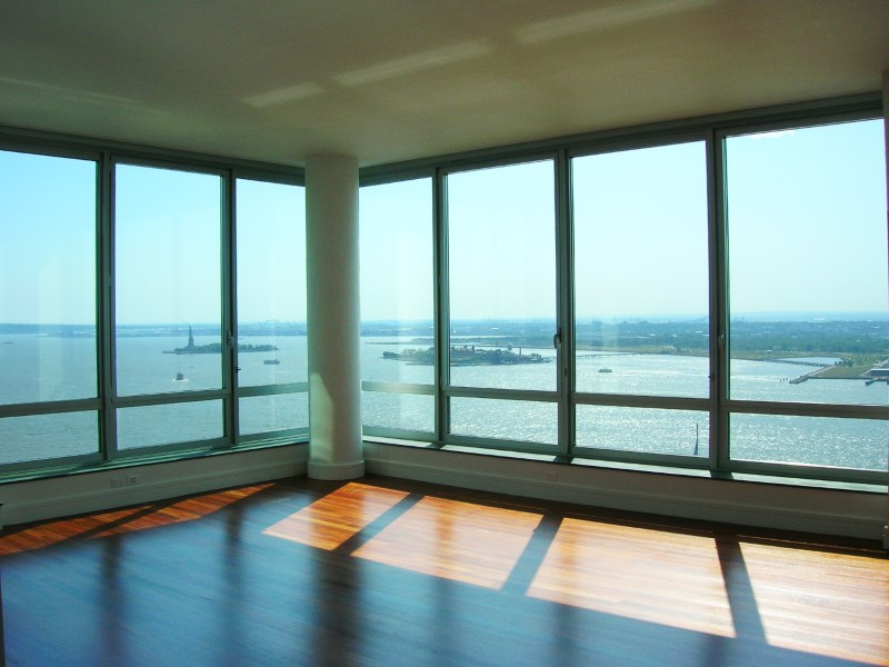 Property For Sale at 30 West Street, Apt 25F