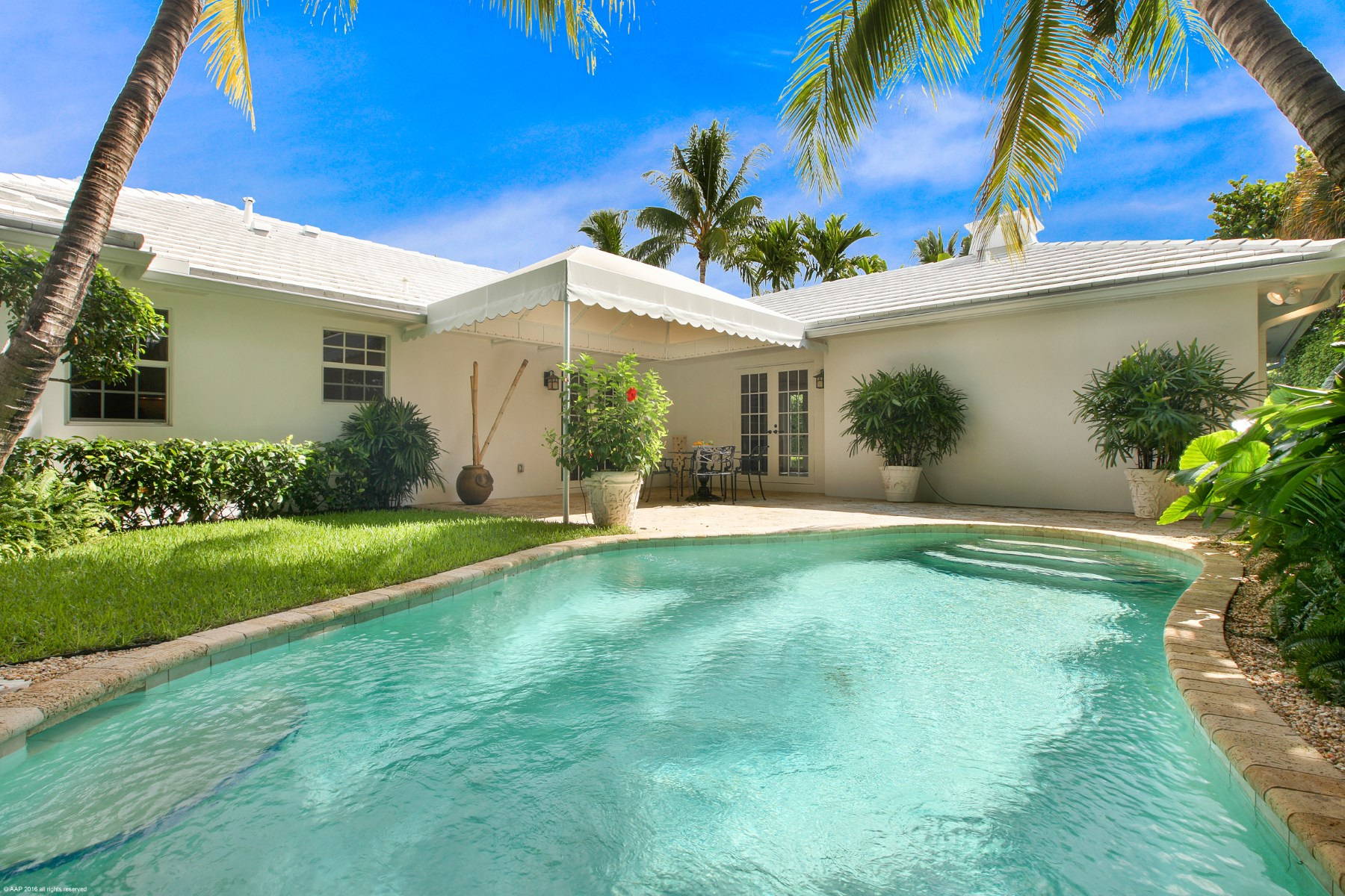 Villa per Vendita alle ore 200 Via Linda North End, Palm Beach, Florida, 33480 Stati Uniti