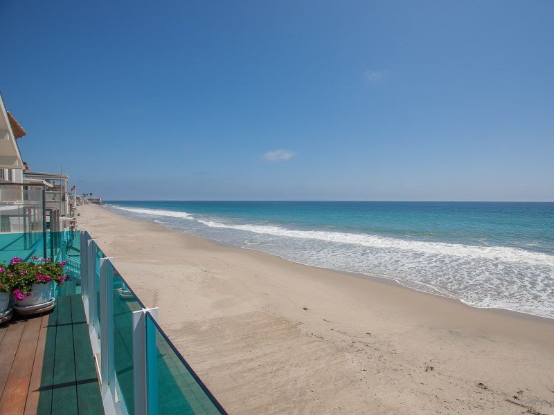 Single Family Home for Sale at Malibu's Sandy La Costa Beach 21554 Pacific Coast Highway Malibu, California 90265 United States