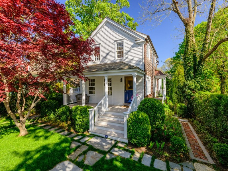 Single Family Home for Sale at Quintessential Sag Harbor Cottage Sag Harbor Village, Sag Harbor, New York 11963 United States