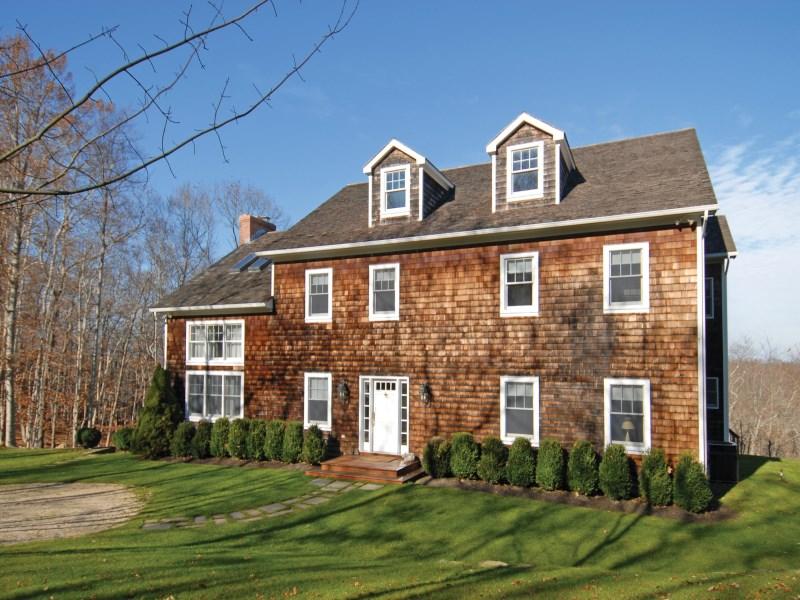 단독 가정 주택 용 임대 에 Beautiful Gardiners Bay Views Amagansett, 뉴욕 11930 미국
