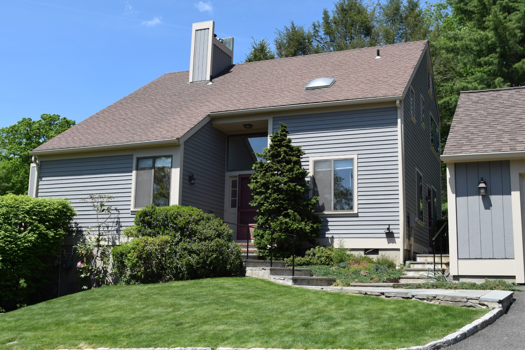 Condominium for Sale at 419 West Lyon Farm 419 West Lyon Farm Drive South Of Parkway, Greenwich, Connecticut, 06831 United States