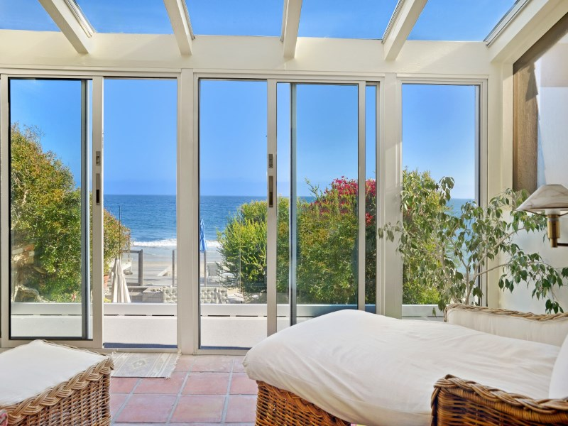 단독 가정 주택 용 임대 에 Best In Beach Living 23752 Malibu Road Malibu, 캘리포니아 90265 미국