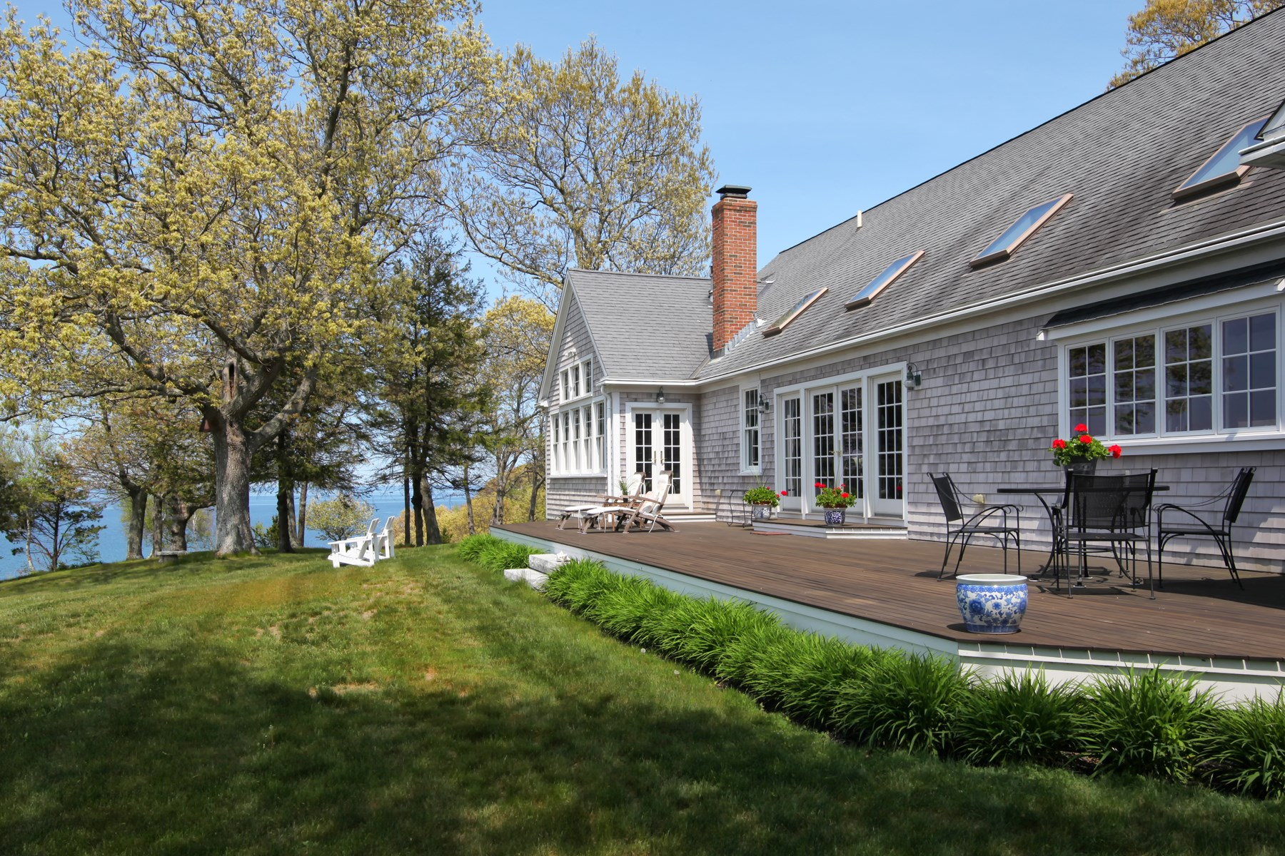 Moradia para Venda às Spectacular One Level Waterfront Home 1 Driftwood Lane Plymouth, Massachusetts, 02360 Estados Unidos